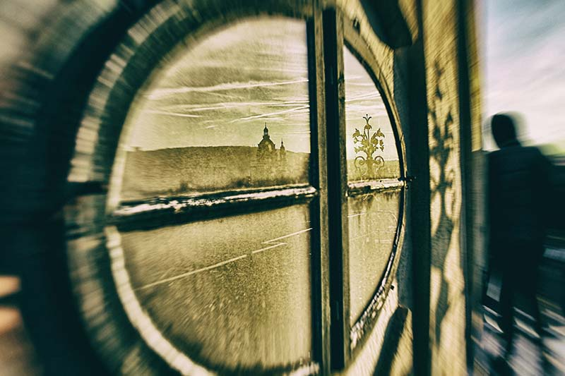 Janos Szabo - Dirty window