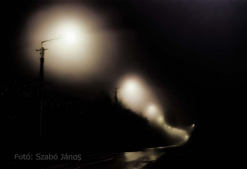 Janos Szabo - Lighting in the town